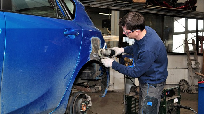 Finding The Ideal Workshop For Your Car
